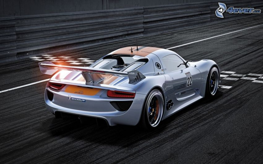 Porsche 918 RSR, racing car, runway