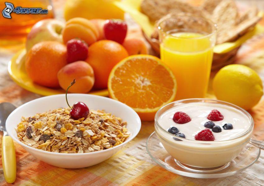 breakfast, muesli, yogurt, orange juice, fruit, peaches, apples