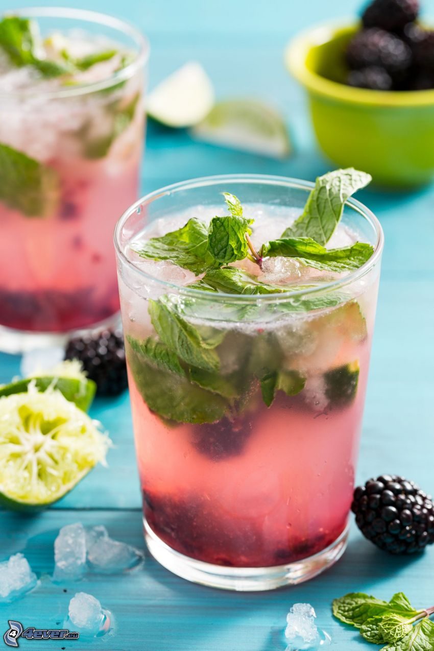cocktail, mint, blackberries, limes, mojito