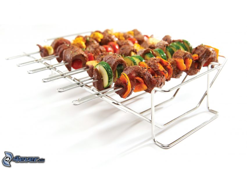 grilled skewer, cucumbers, peppers, grilled meat
