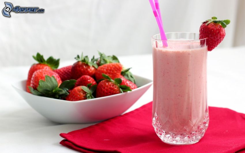 milk shake, strawberries