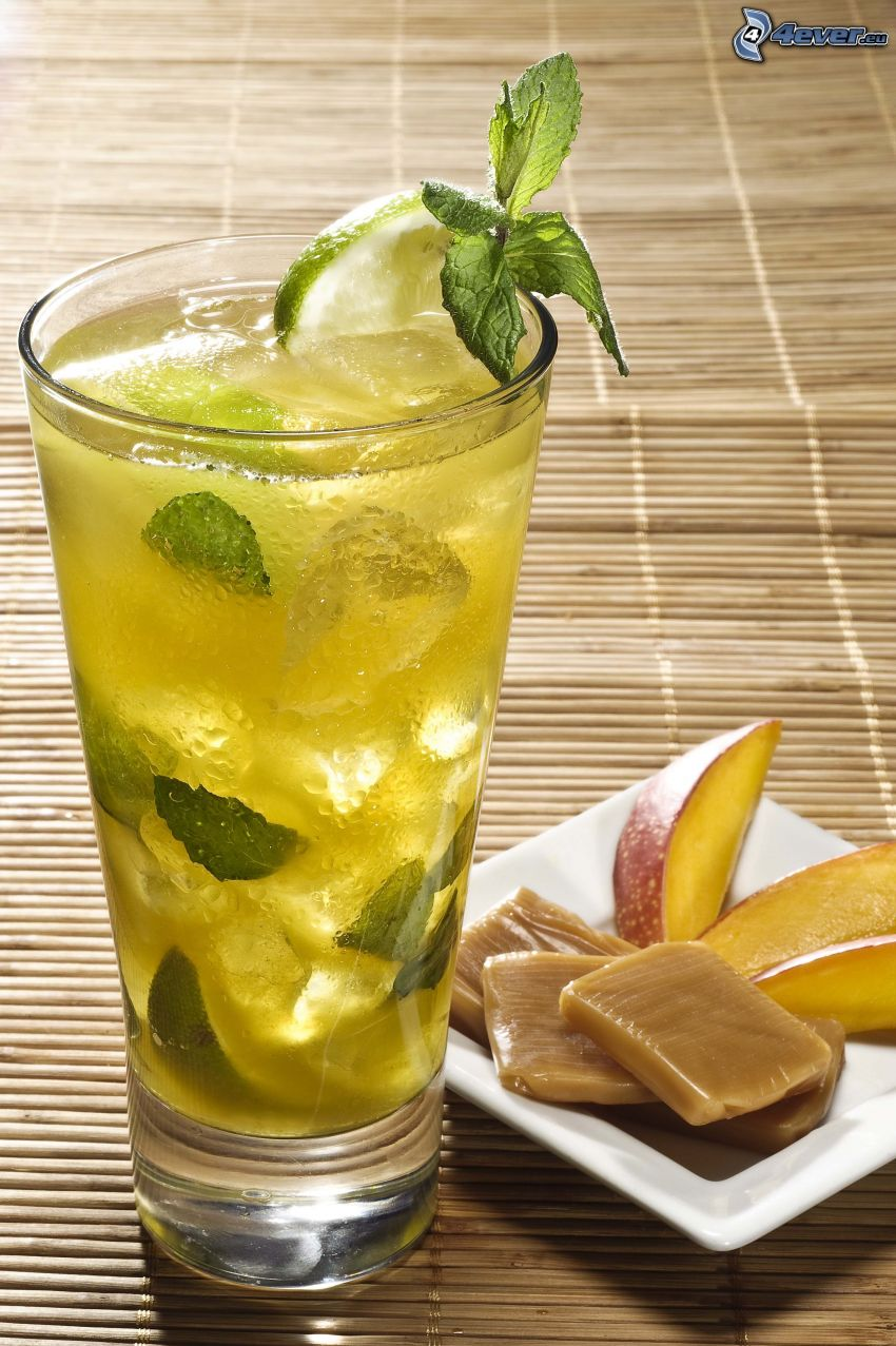 mojito, caramel, mint leaves, ice cubes, limes
