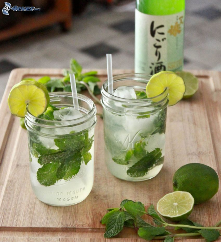 mojito, mixed drinks, limes, mint leaves, ice cubes