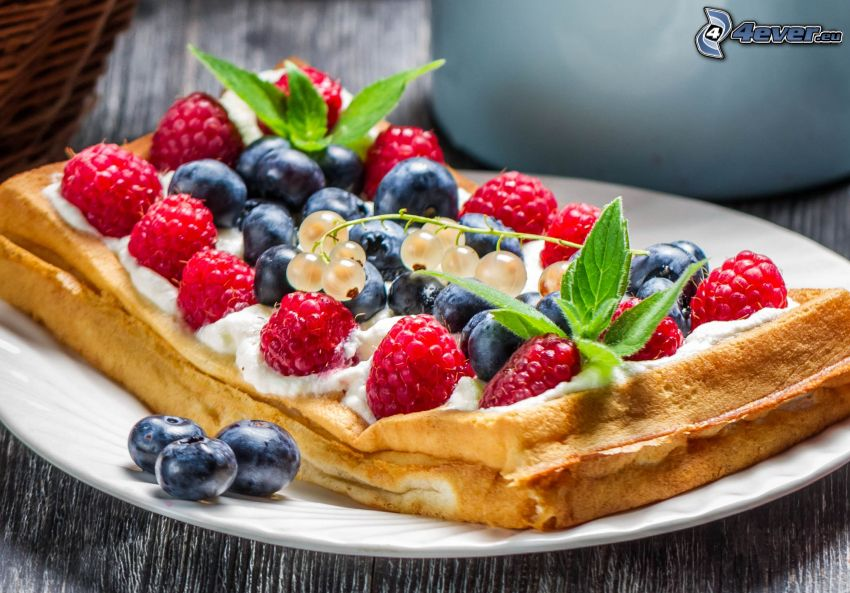 waffles, berries, raspberries, blueberries, currants