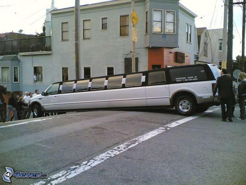 limousine, accident, San Francisco, street, house