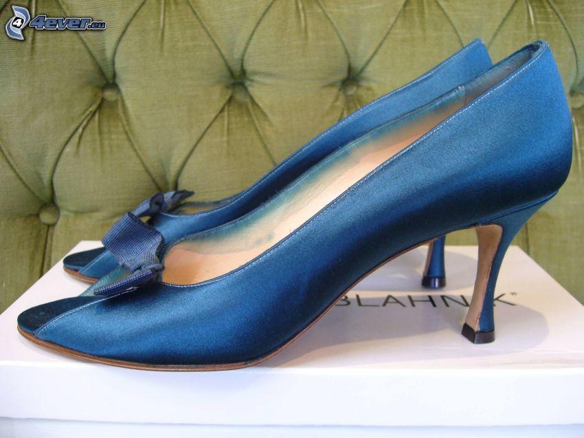 evening shoes Manolo Blahnik