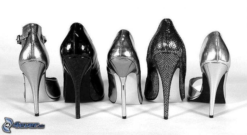 silver pumps, heel