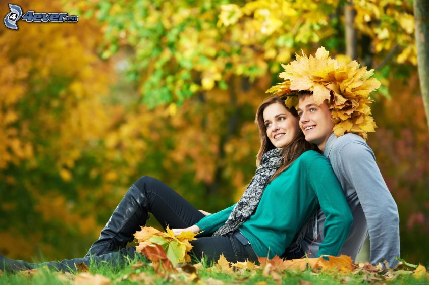 couple, autumn leaves