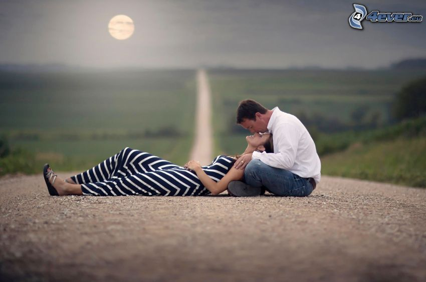 couple, kiss, road, full moon