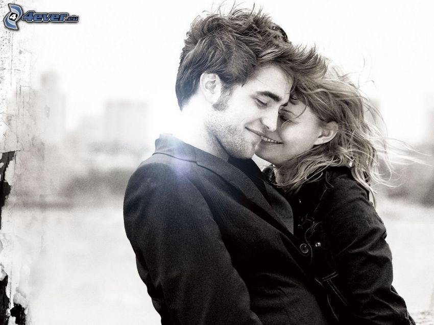 happy couple, Robert Pattinson