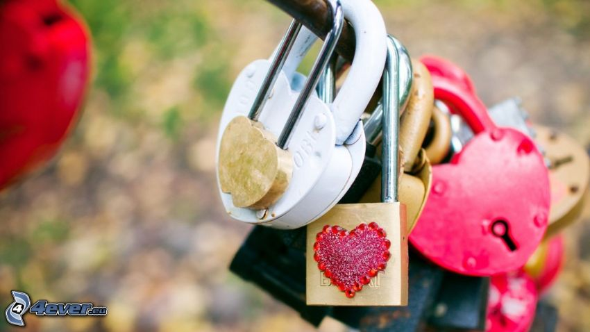 locks, hearts