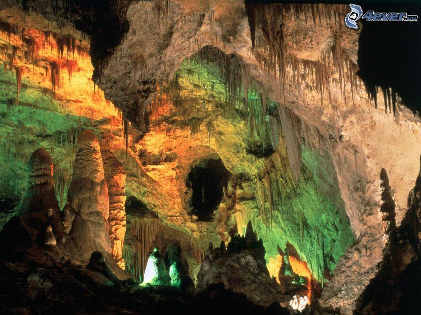 Carlsbad Caverns, New Mexico, USA, cave, stalactites