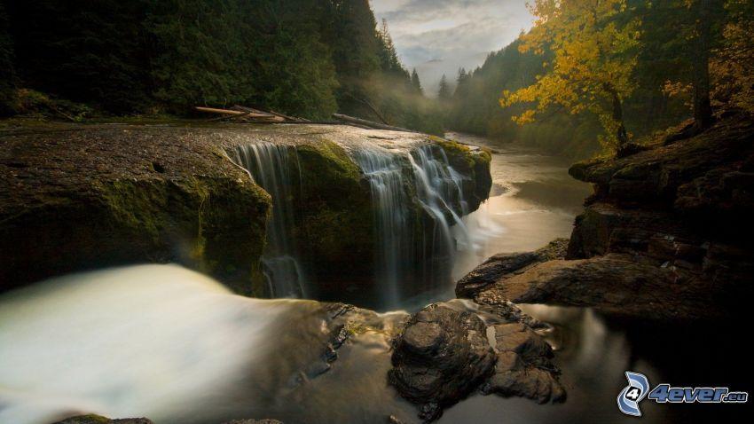 Lewis River, Washington, USA, waterfalls