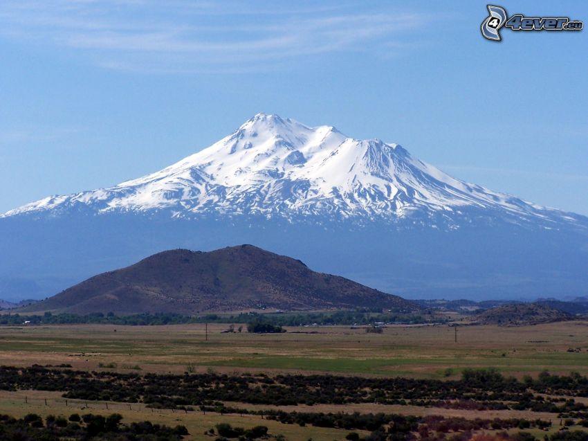 Mount Shasta, snowy hill