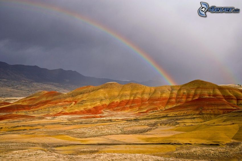 Painted Hills, rainbow, Oregon, USA