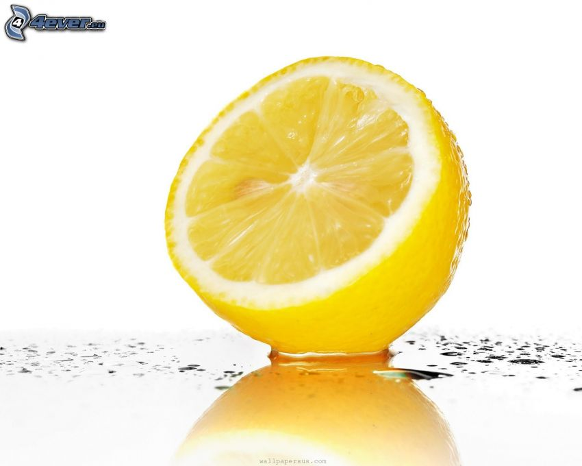 lemon, drops of water