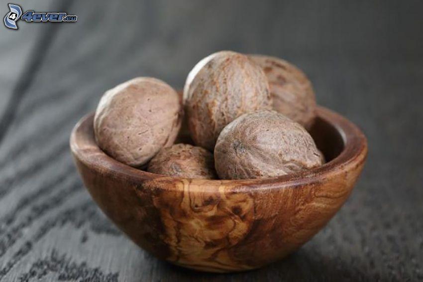 nutmeg, bowl
