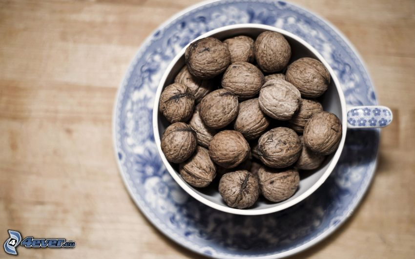 walnuts, cup