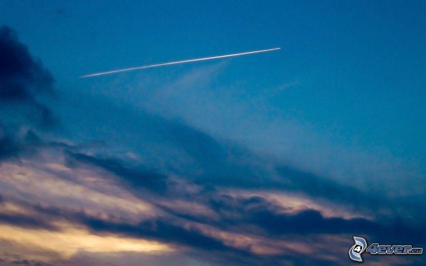 comet, clouds