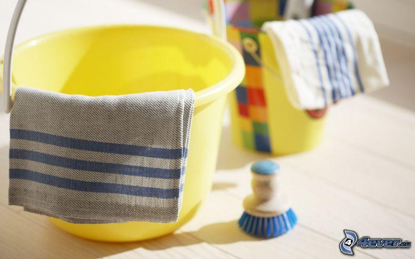 buckets, towels