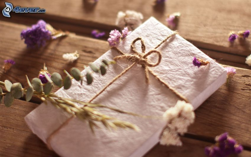 gift, purple flowers, wood