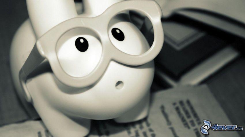 pig, glasses