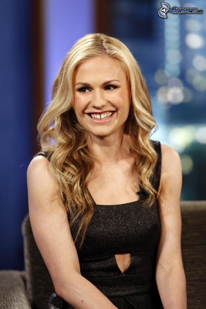 Anna Paquin, laughter