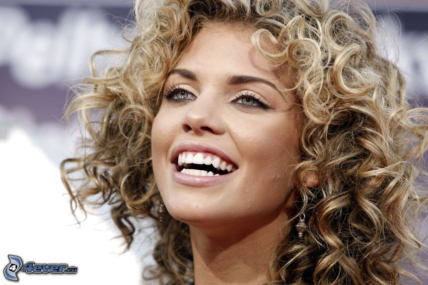 AnnaLynne McCord, laughter, curly hair