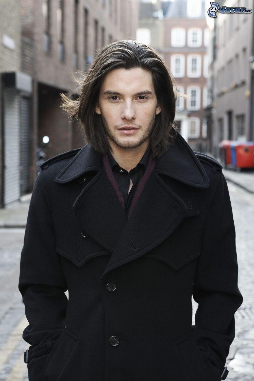 Ben Barnes, coat
