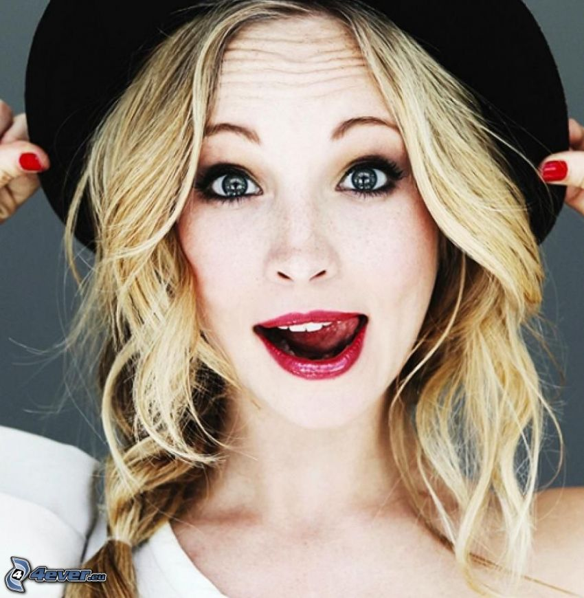 Candice Accola, grimacing