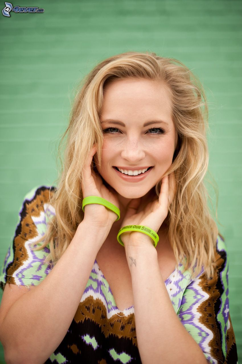 Candice Accola, laughter
