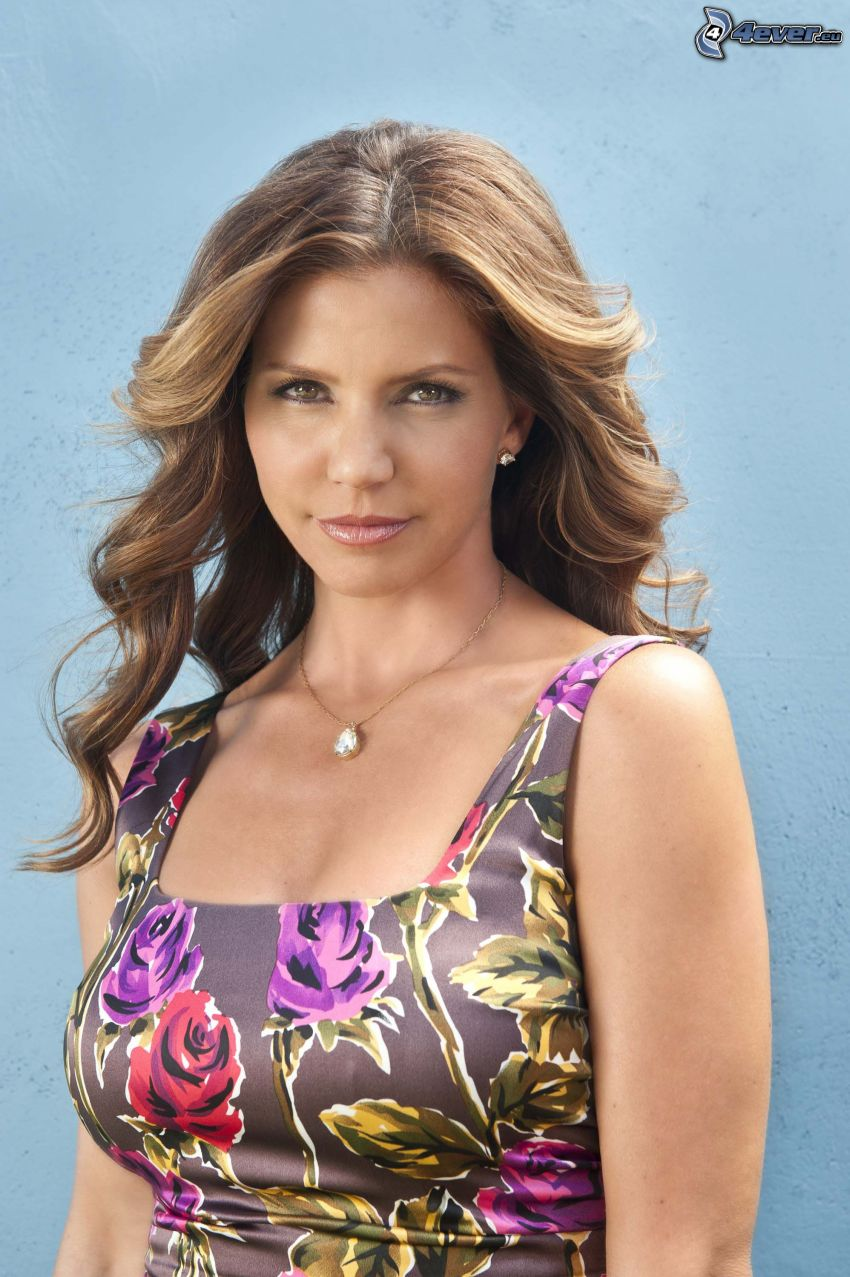 Charisma Carpenter, flowered dress