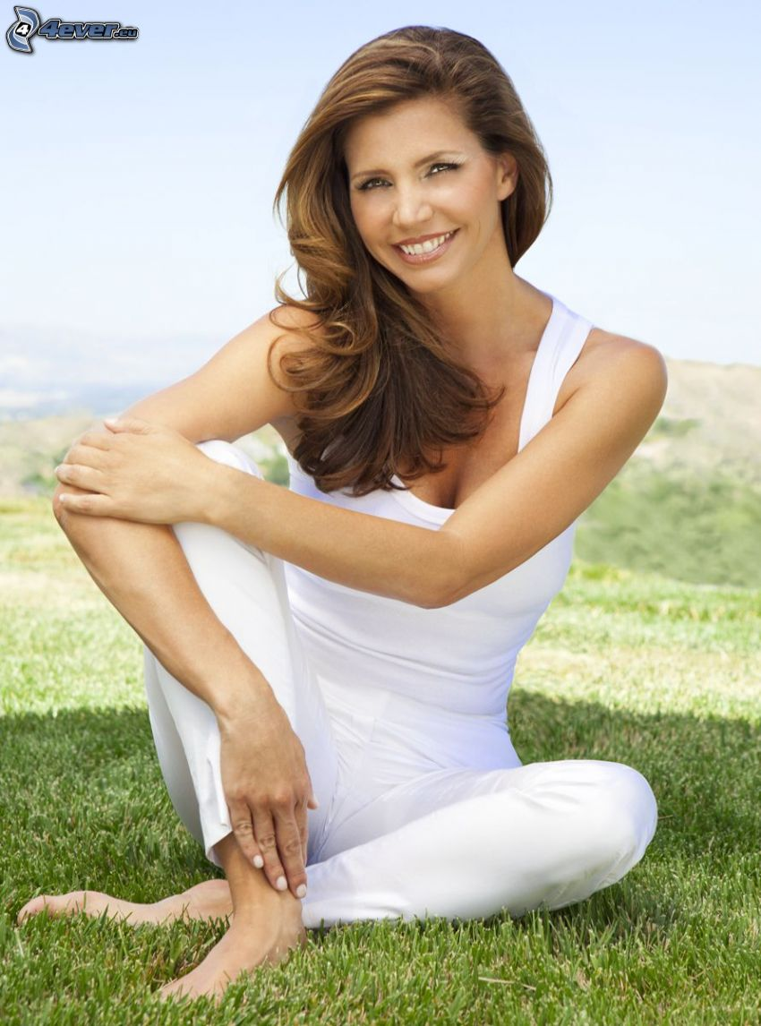 Charisma Carpenter, smile