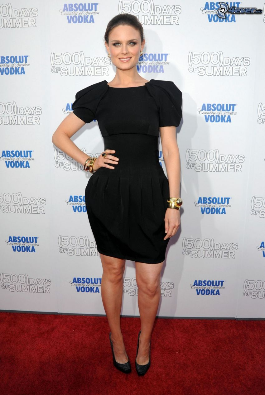 Emily Deschanel, black dress, (500) Days of Summer, Absolut Vodka