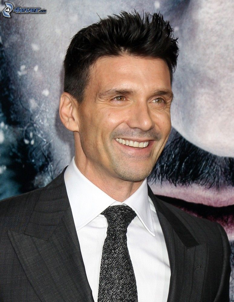 Frank Grillo, smile, man in suit
