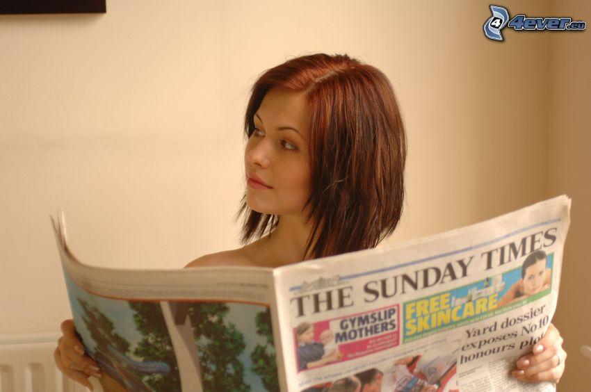 Iga Wyrwal, newspapers