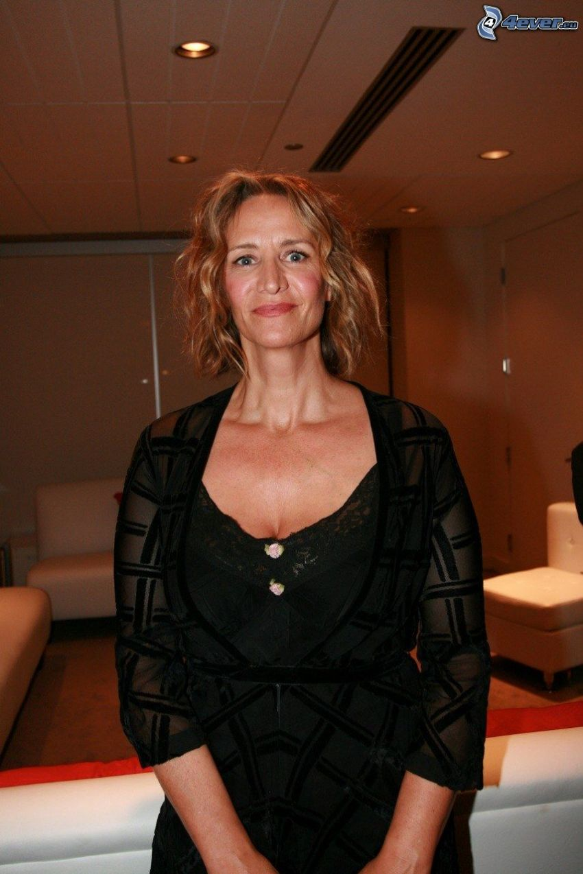 Janet McTeer, black dress