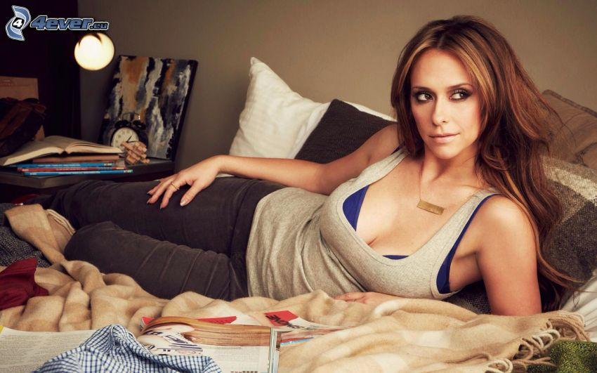 Jennifer Love Hewitt, brunette on bed, look