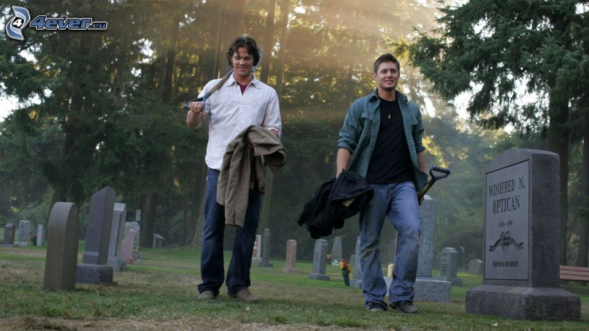 Jensen Ackles, Jared Padalecki, cemetery