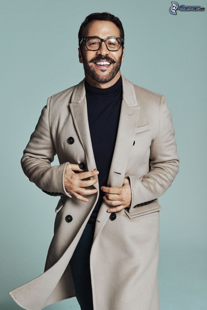 Jeremy Piven, man with glasses, laughter, coat