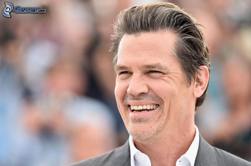 Josh Brolin, laughter