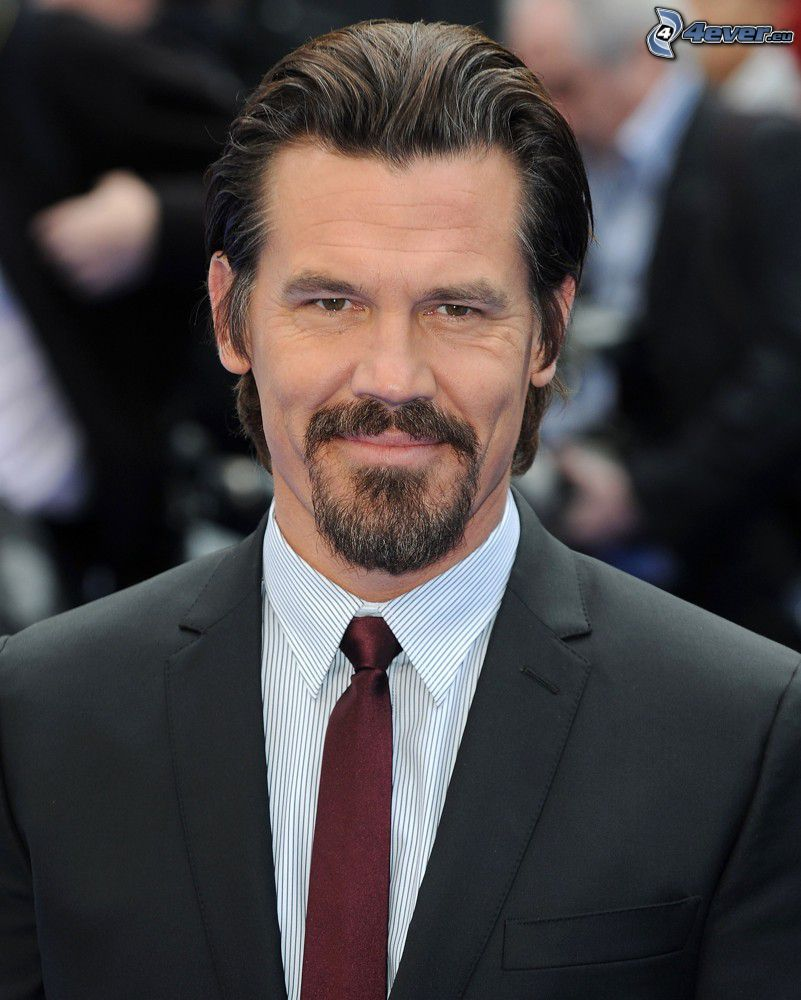 Josh Brolin, man in suit, beard