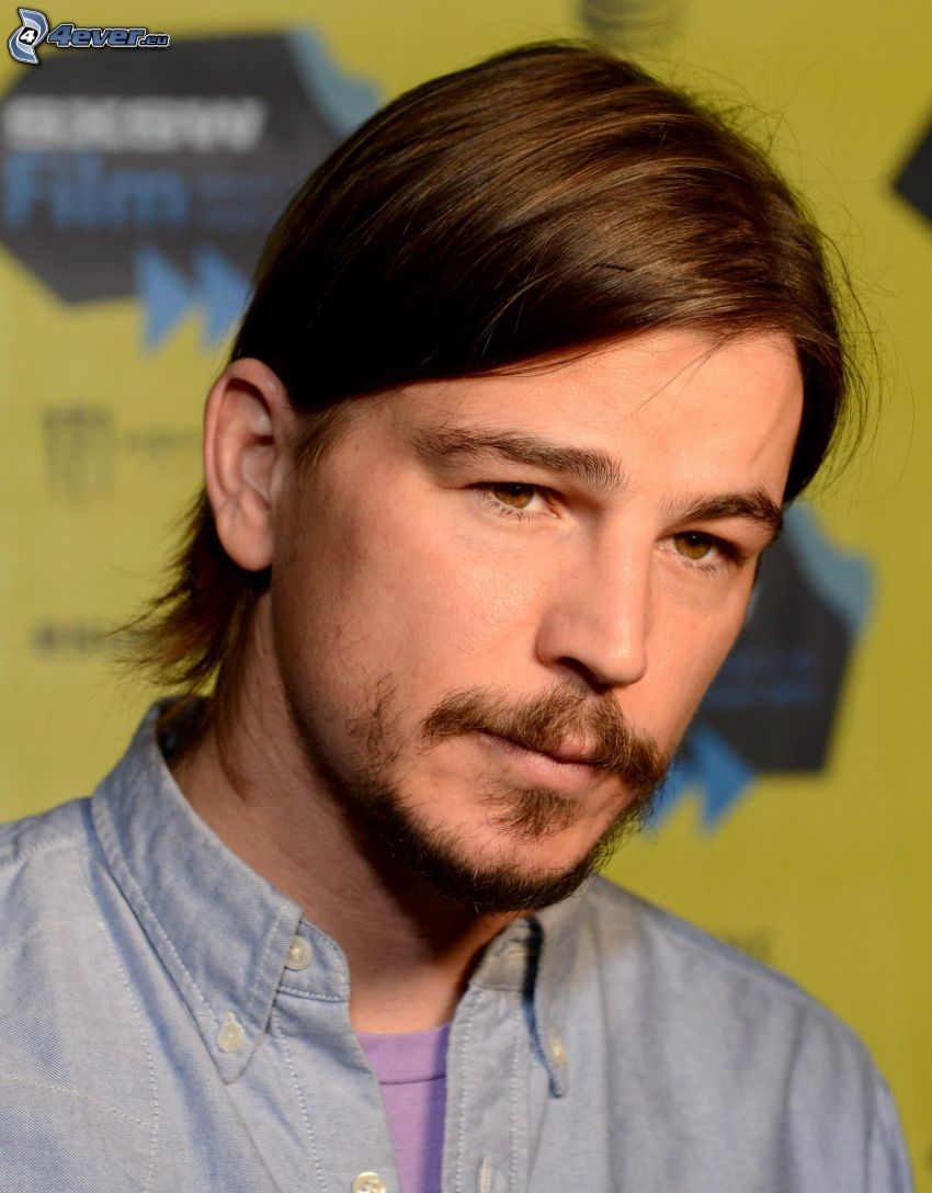 Josh Hartnett, whiskers