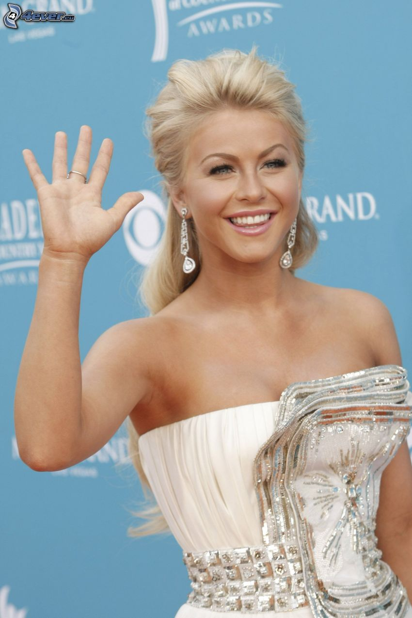 Julianne Hough, laughter, greeting