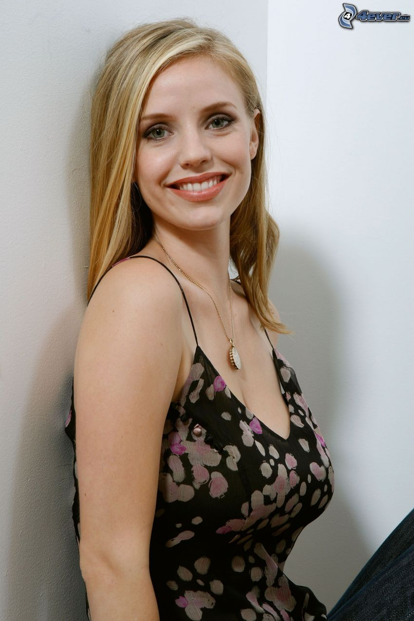 Kelli Garner Nude Photos 74