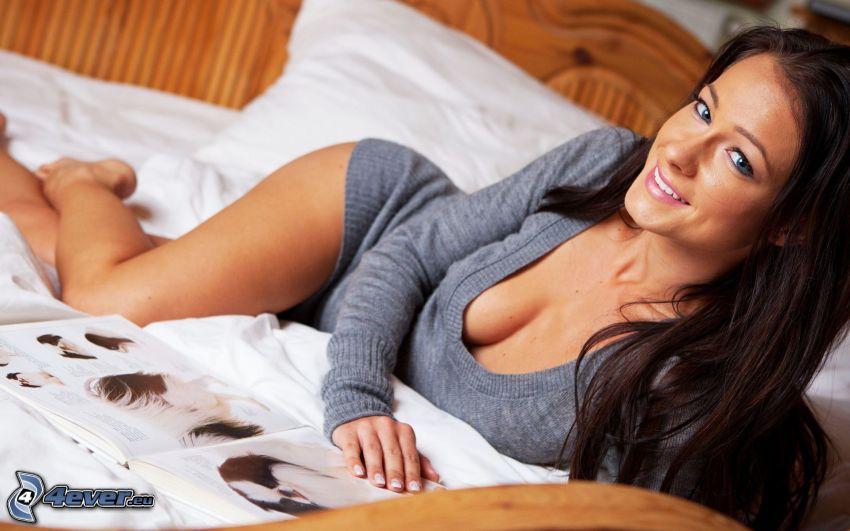 Kristína Uhrinová, brunette on bed