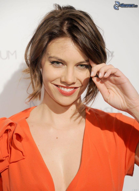 Lauren Cohan, smile