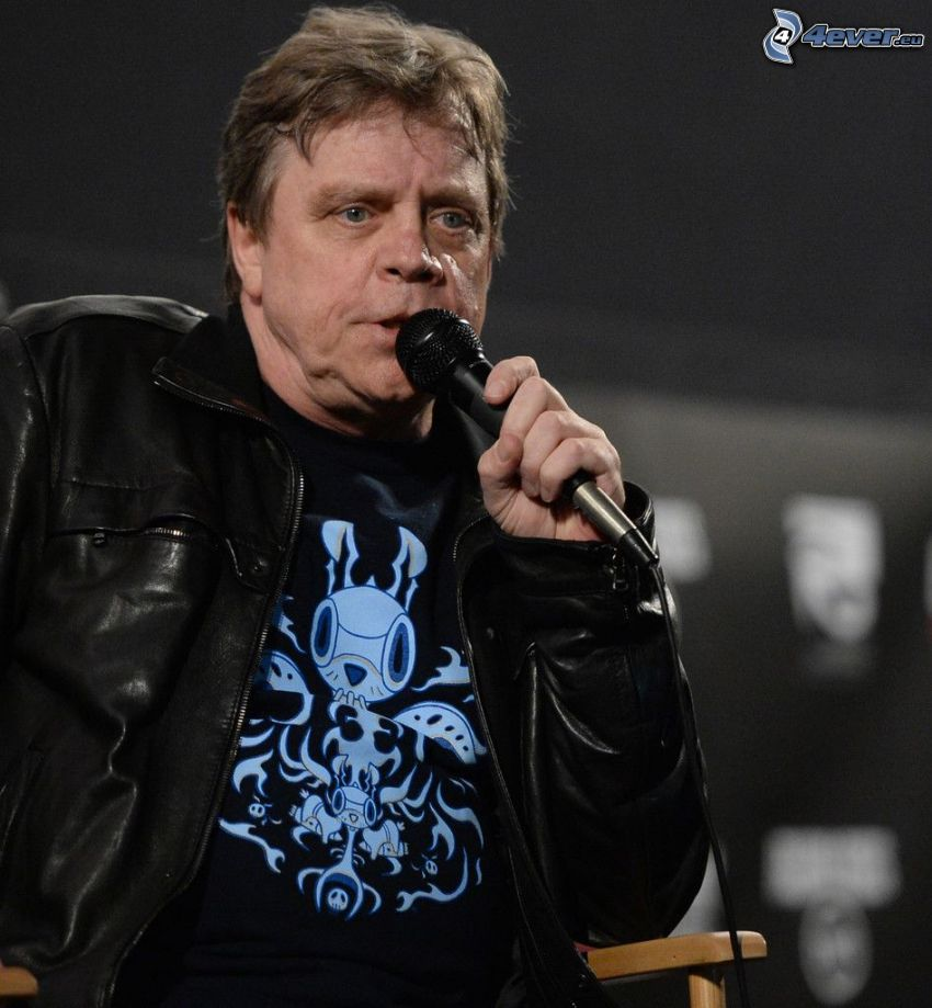 Mark Hamill, microphone