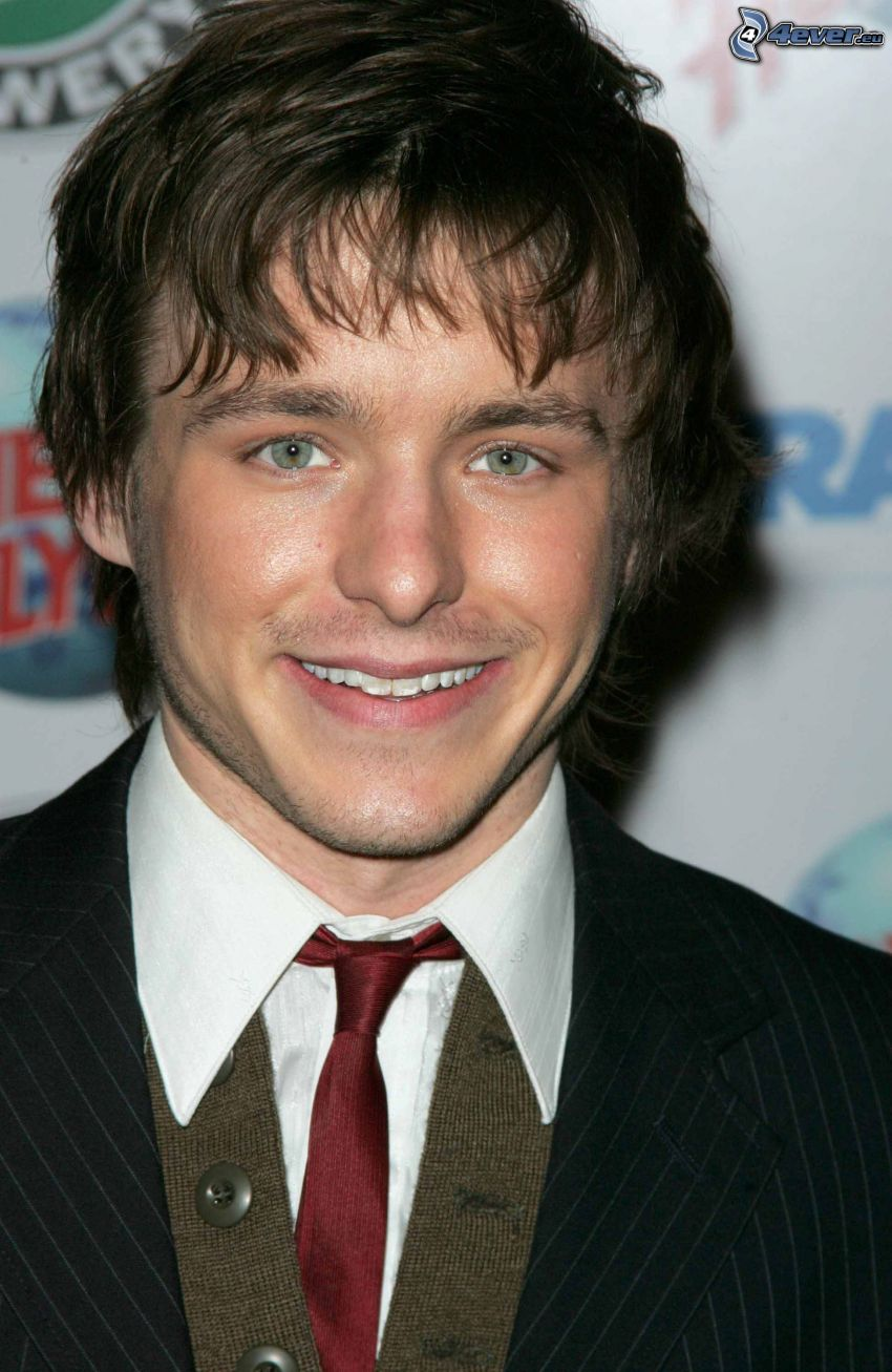 Marshall Allman, man in suit