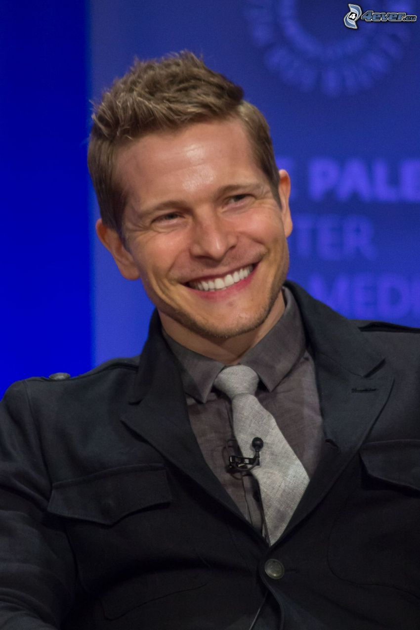 Matt Czuchry, laughter